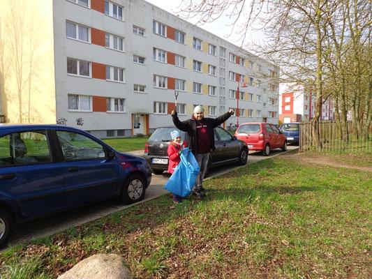 Müllsammeln Anfang  April 2019 in Grevesmühlen