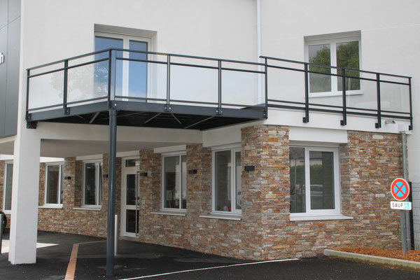 CMC Métallerie Avranches(50)-Fougères(35)-Extension métallique terrasse
