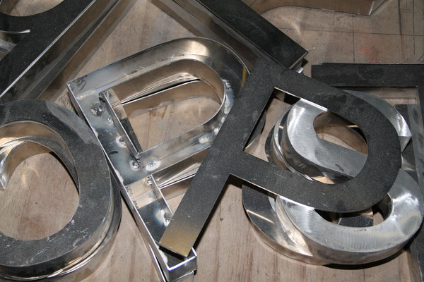 CMC Métallerie Avranches(50)-Enseigne lettrage aluminium
