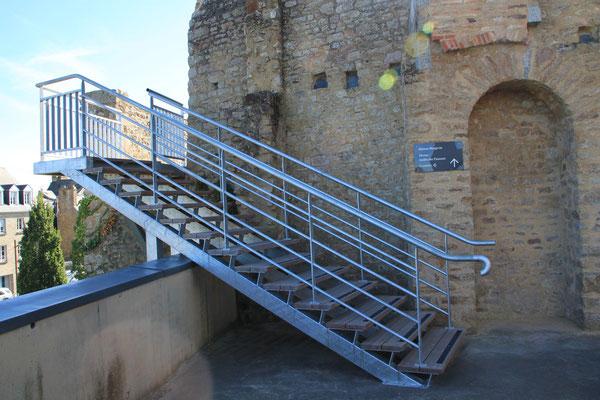CMC Métallerie Avranches(50)-Passerelle Escalier métallique