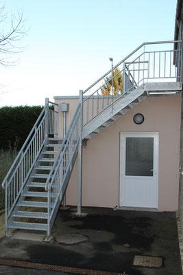 CMC Métallerie Avranches(50)- Escalier métallique galvanisé extérieur