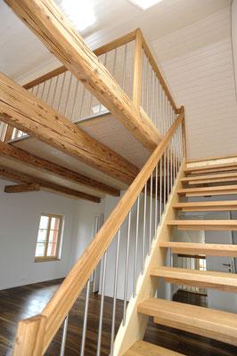 Strebel Holzbau Innenausbau Holz