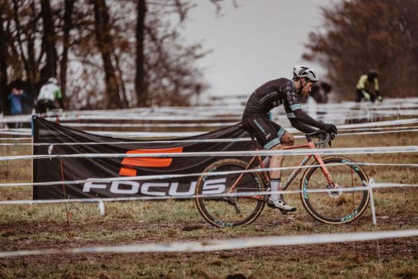 Marvin (Marv) Schmidt beim Radcross Nisterberg 2019, Focus-Bikes