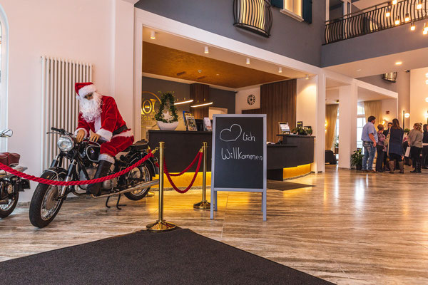 Parkhotel Hachenburg, Parkhotel Hachenburg Winter, Hogano Parkhotel Hachenburg, Eingangsbereich