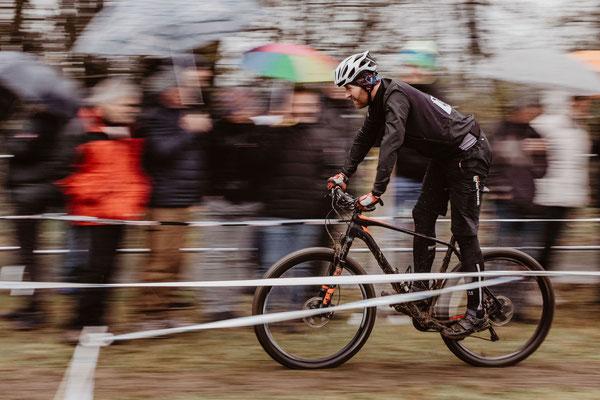 Fahrer beim Radcross Nisterberg 2019