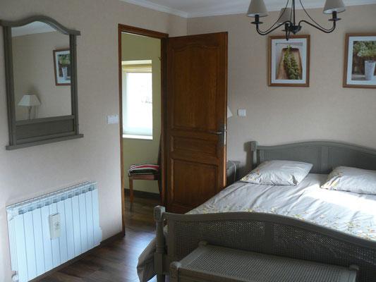 Chambre Elodie (avec sauna) avec salle de bain privée