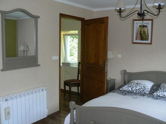 Chambre d'hôtes avec grande douche à l'italienne