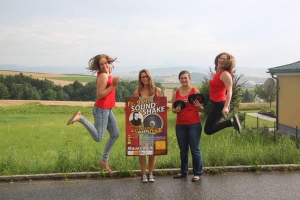 Austro-Pop Evergreens treffen auf groovigen Drum'n'Bass: Das freut nicht nur Michelle, Lea, Flora und Magdalena sondern auch alle Fans der österreichischen Pop-Klassik