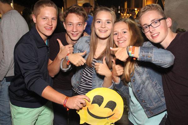 Genossen die hervorragende Stimmung beim SoundShake 2016 : Christian Fischer (v.l.n.r.),Sebastian Bruckner, Lena Haberl, Athena Hahn, Michael Schmidt