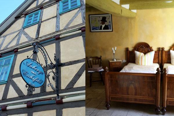 Fassade und Gästezimmer der Auberge wurden liebevoll restauriert.