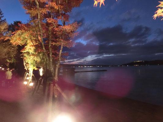 富士山の麓、山中湖の紅葉です