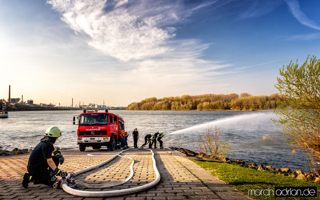 Feuerwehr Wesseling, Freiwillige Feuerwehr, Marcin, Adrian, www.marcinadrian.de, 50389 Wesseling, werbekurier, Stadt Wesseling, Köln, Bonn, Germany, Canon, Rheinpark
