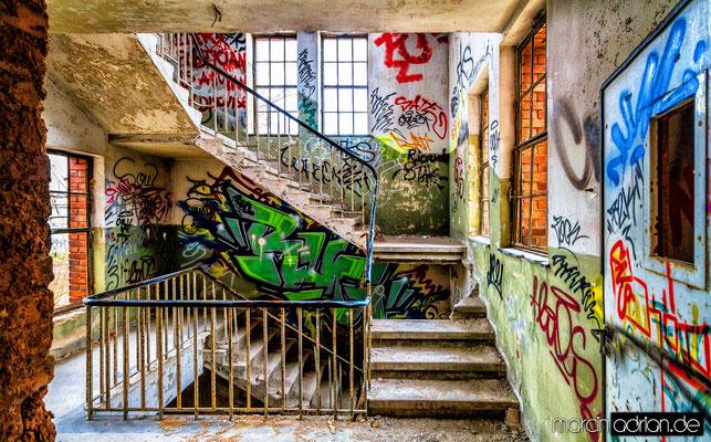 Marcin, Adrian, www.marcinadrian.de, Norton, Lost Places in Wesseling, Vorgebirgsstraße, 50389 Wesseling, werbekurier, Stadt Wesseling, Köln, Bonn, Germany, Canon, Ricoh
