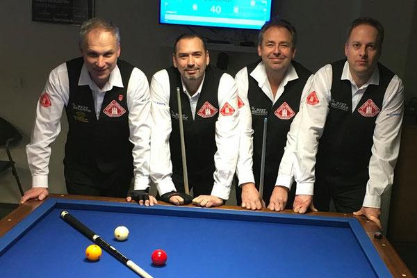 Mannschaft 2. Bundesliga 3-Band 2018