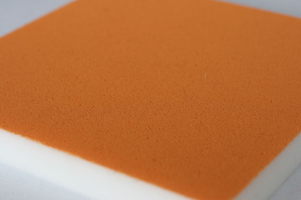 Melaminharzabsorber farblich behandelt