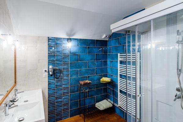 La Ponant - salle de douche à jets