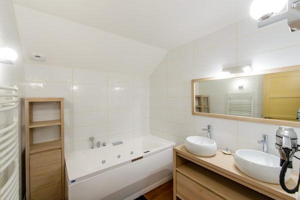 La Boréale -salle de bain balnéo