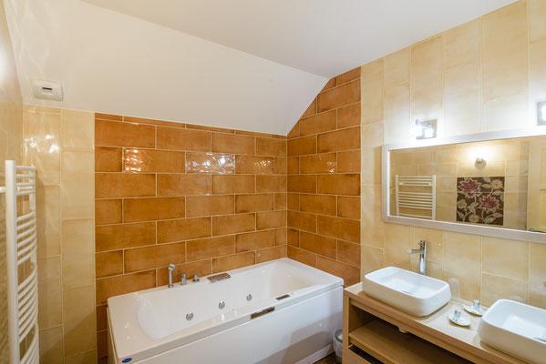 L'Australe - salle de bain balnéo