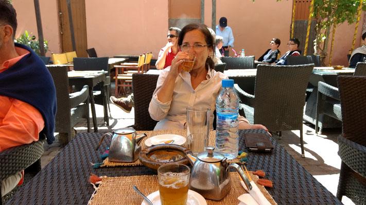 Mittagspäuschen mit Thé à la menthe
