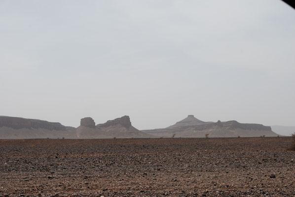 Landschaft Richtung Foum Zgouid