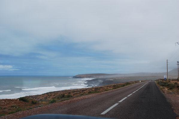 Küstenstraße nach Sidi Ouassai