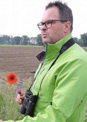 Ingmar Stelzig leitet die botanische Erkundung 2015