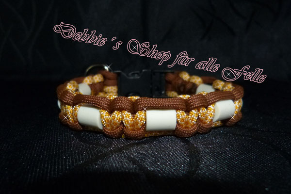 Typ Once m. Plastikverschluss u. D-Ring, honeycomb / chocolate brown - Halsumfang 28 cm - 24,- Euro