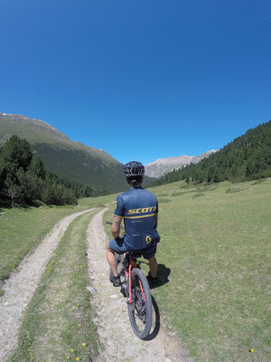 Moutainbike Tour: Samedan - Alp Prünella
