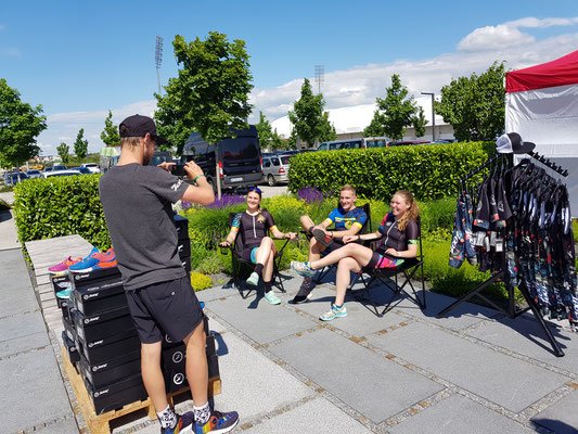 Footshooting mit Zoot Sports Europe, welcher der Racesuit von Corry gesponsert hat