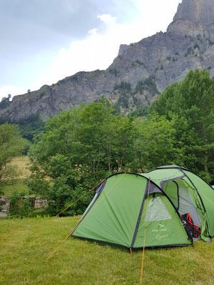 Zeltübernachtung in Leukerbad