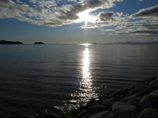 Sonnenaufgang im Abel Tasman Nationalpark - unser erster Stopp auf der Südinsel