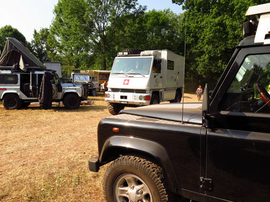Camping Area: Mogli (www.nichtswieweg.ch) auf der Durchfahrt!