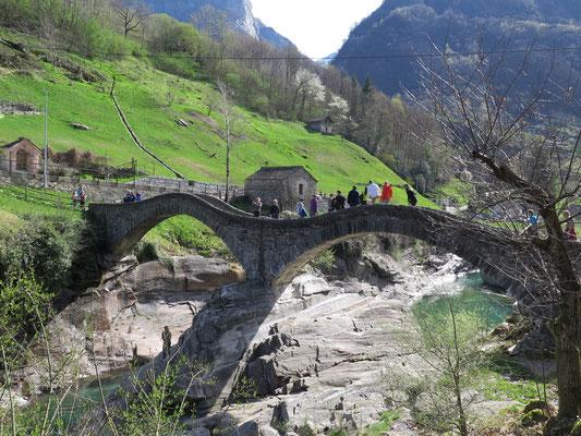Lavertezzo: Ponte dei Salti