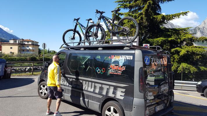 Bikeshuttel hoch zum Monte Tremalzo