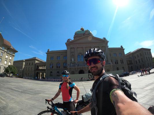 Etappe 5: Vevey - Bern - angekommen auf dem Bundesplatz in Bern