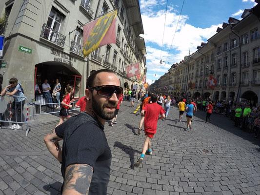Mike durch die Altstadt!