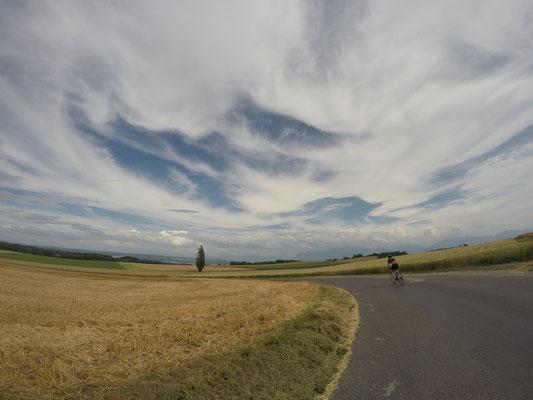 Radfahrt durch die schöne Landschaft rund um Morges