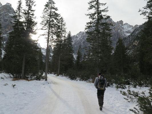 Start unserer Schneeschuhtour zu den Drei Zinnen