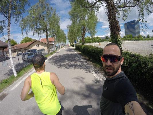 Mike mit Pädu am Einlaufen