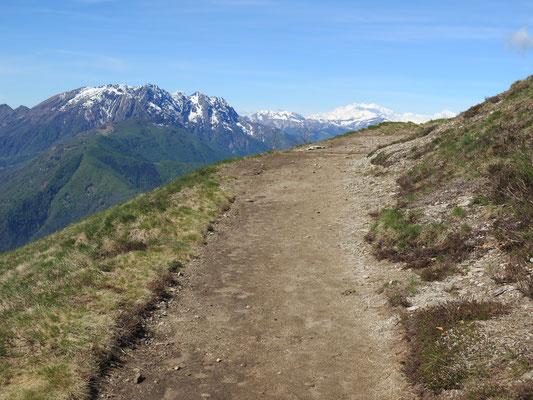 Wanderung hoch nach Cimetta