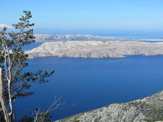 ..hier ein Blick auf die Insel Pag, die wir später noch durchqueren