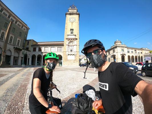 Stopp bei Kilometer 80 in Bergamo