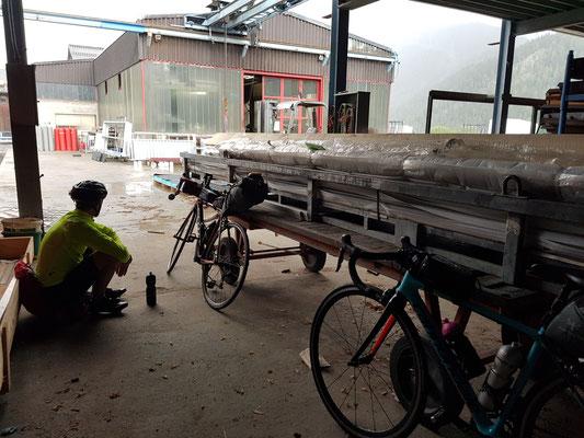 Etappe 3: Andermatt -Sierre - Zwischenstopp für den Regen