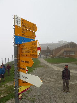 Auf dem Fronalpstock angekommen, der Nebel bleibt hartnäckig