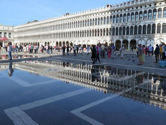 Ankunft mit dem Boot beim Piazza San Marco