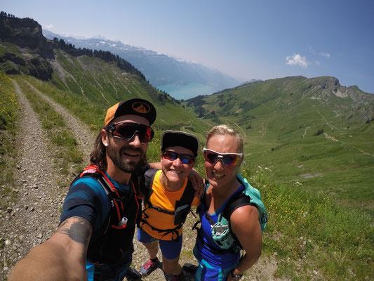 Super Team auf dem Trail