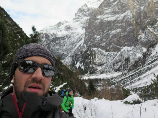 Aufstieg der 950 Höhenmeter und die 14 km werden in Angriff genommen