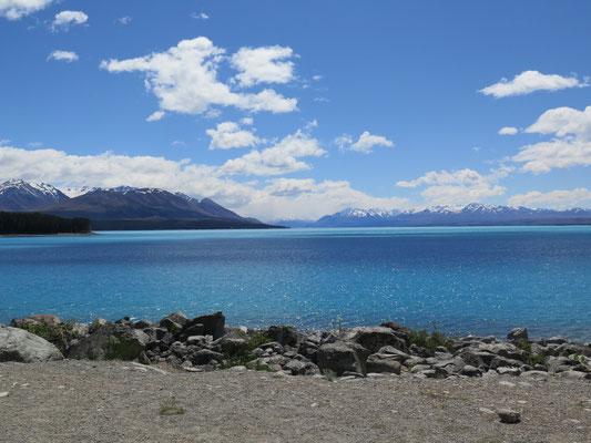 Weiterfahrt Richtung Lake Tekapo - Sicht Richtung Mount Cook Village