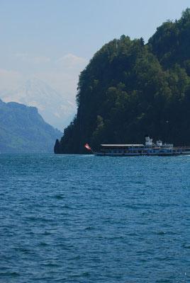 Schiff Richtung Luzern