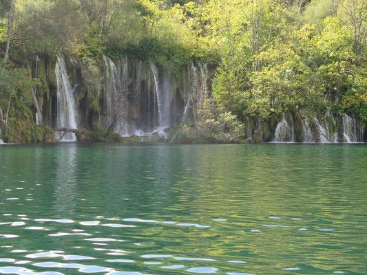 National Park Plitvicer Seen: Es sieht fast alles ein wenig unrealistisch aus...wie im Europa Park :)